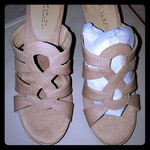 Aerosols New in Box Shoes
